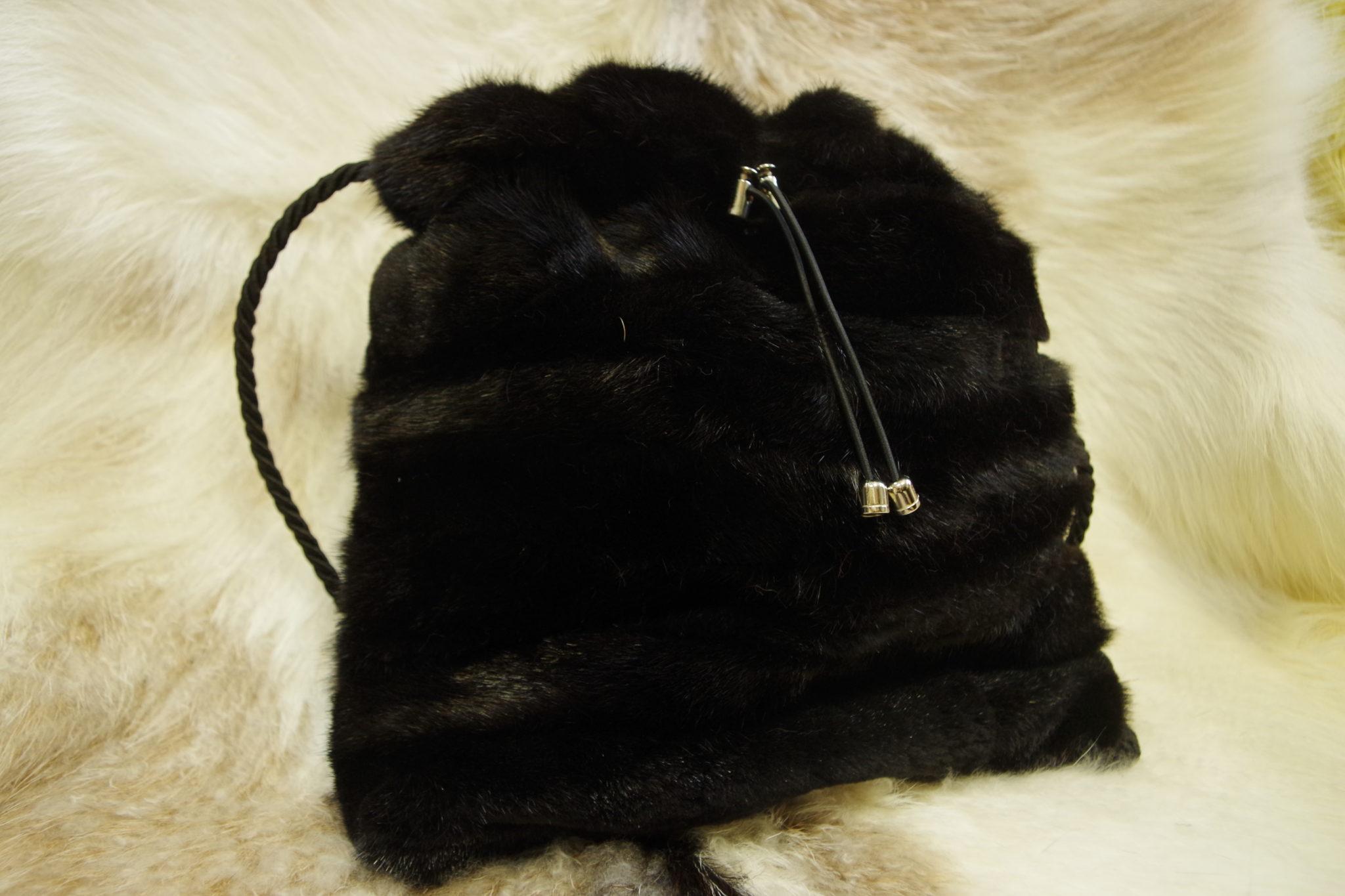 меховая сумка из норки